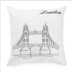 Passport collection London pillow - One